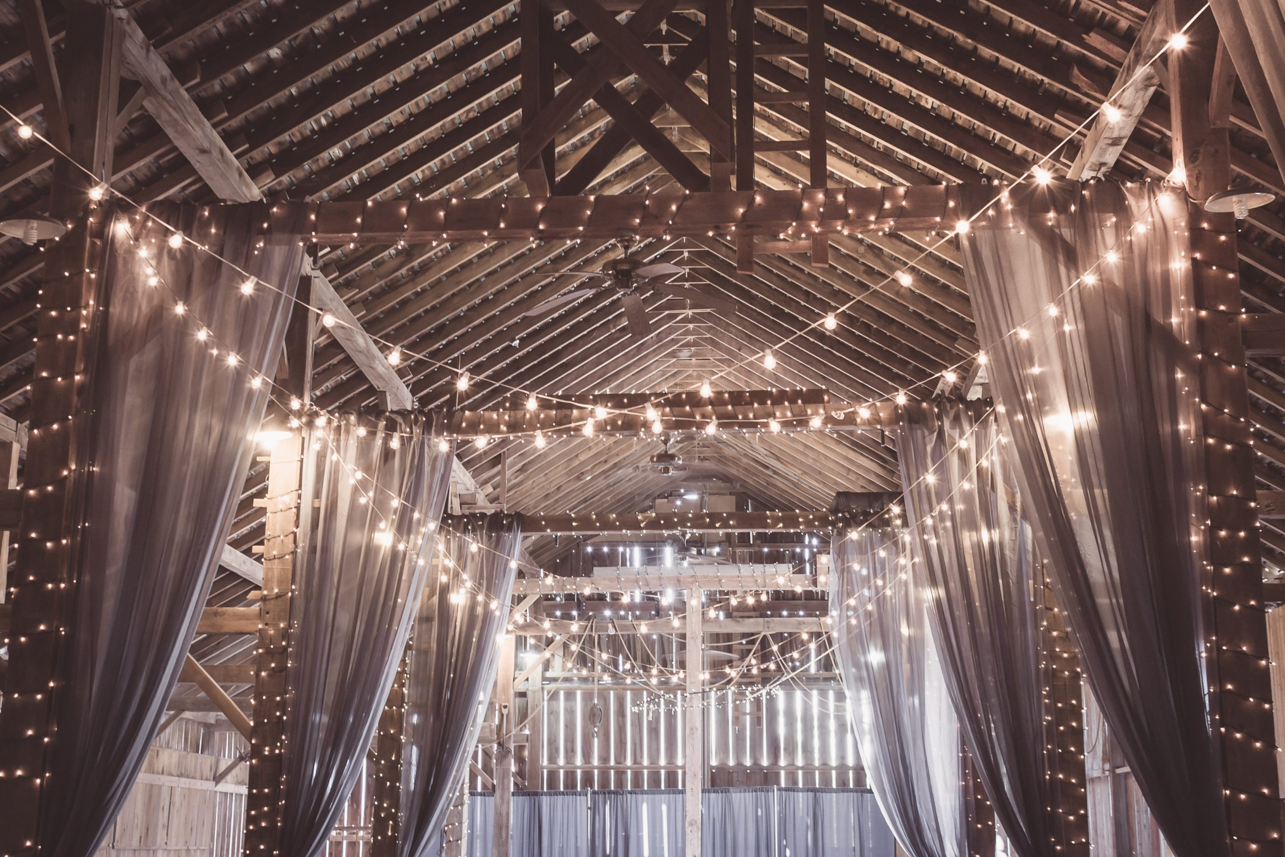11 Secrets to the Perfect Barn Wedding